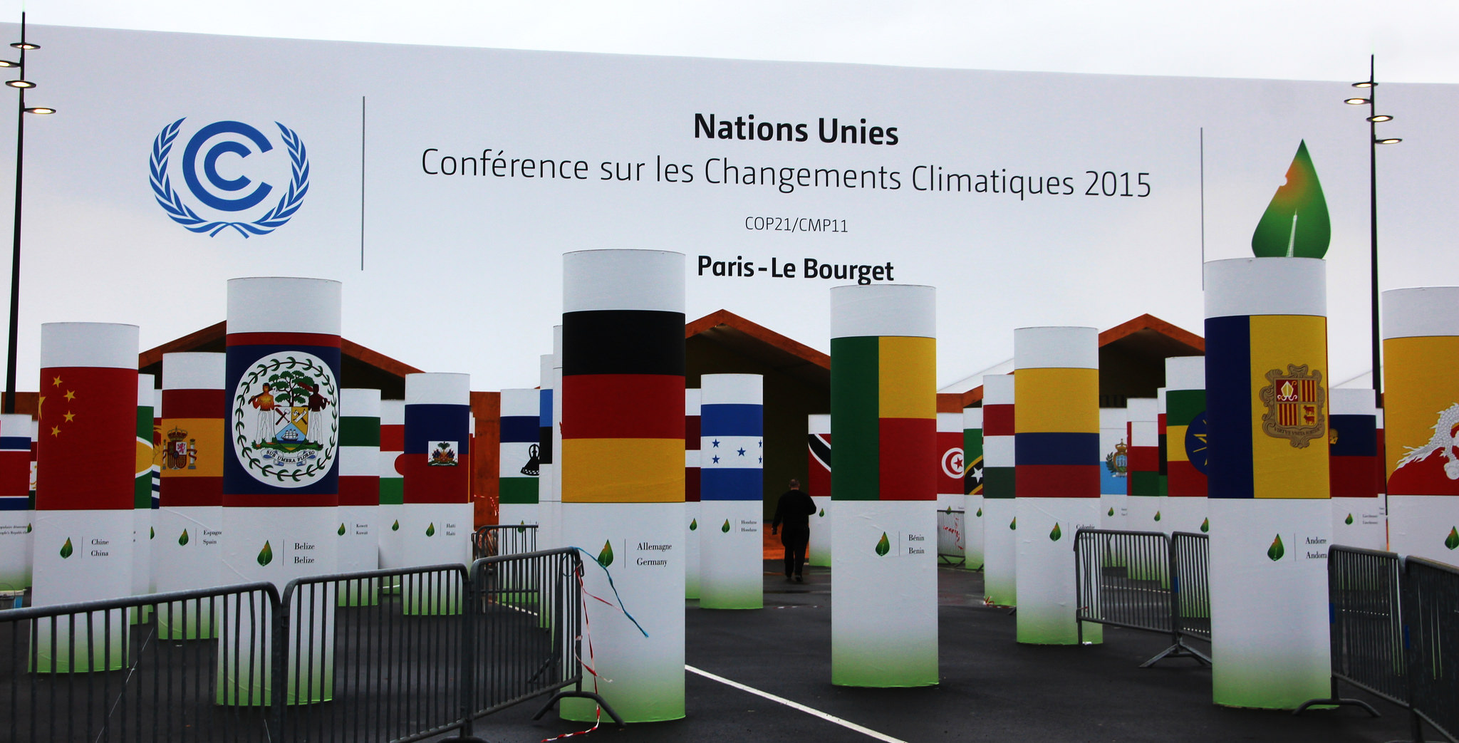 Entrance to Le Bourget UN climate Conference COP21, by Flickr user Takver, CC BY-SA 2.0.