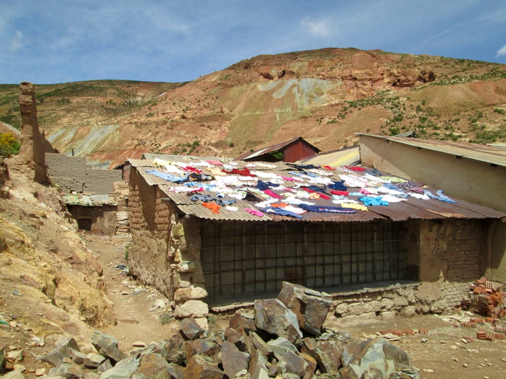 Laundry day, Oruro. Photo by author, 2013.