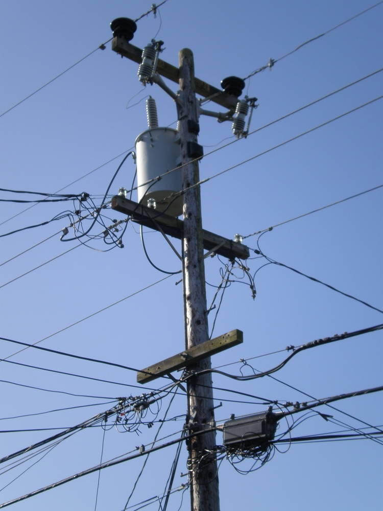 Electrical Power Poles : Six quick lessons in how to read a landscape edge effects