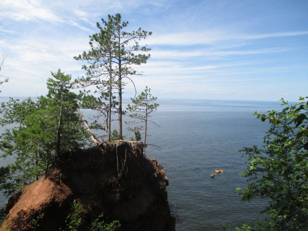 The sublime nature of Lake Superior and the Apostle Islands have long attracted urban tourists to northern Wisconsin. The tourist experience, however, can overshadow the challenges permanent residents face in making a livelihood. Photo by Andy Davey, 2015.